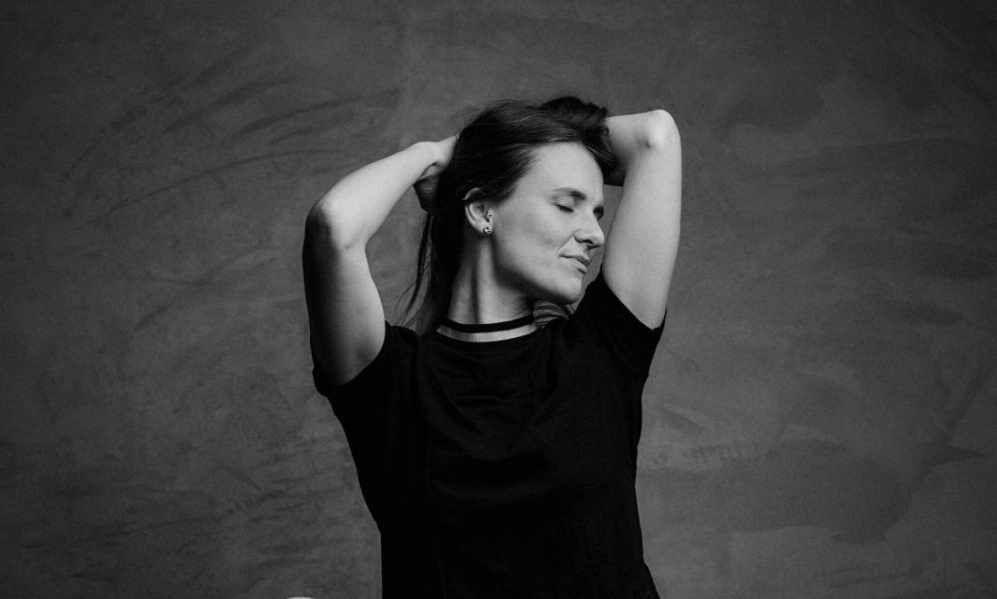 Sofia Stark - Sängerin